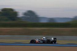 #23 Strakka Racing Ginetta Zytek: Danny Watts, Peter Hardman, Nick Leventisv