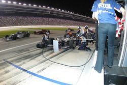 Arrêt au stand pour Mario Moraes, KV Racing Technology