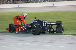 A safety worker assist Milka Duno, Dreyer & Reinbold Racing