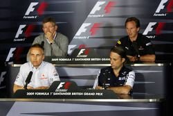 La conférence de presse FIA: Martin Whitmarsh, chef exécutif de McLaren, Ross Brawn, Team Principal de Brawn Grand Prix, Adam Parr, Williams F1 Team, Christian Horner, directeur sportif de Red Bull Racing