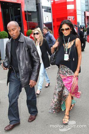 Anthony Hamilton, le père de Lewis Hamilton et Nicole Scherzinger, chanteuse des Pussycat Dolls et petite amie de Lewis Hamilton, McLaren Mercedes