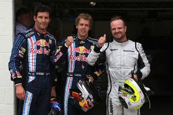 Le poleman Sebastian Vettel, Red Bull Racing, seconde place pour Rubens Barrichello, Brawn GP, troisième place pour Mark Webber, Red Bull Racing