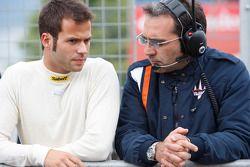 RicardoTeixeira talks with his engineer