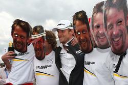Plein de Jensons avec le vrai Jenson Button, Brawn GP