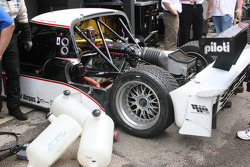 Le travail sur la #10 SunTrust Racing Ford Dallara: Max Angelelli, Brian Frisselle