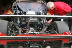 Zoom sur l'arrière de la #77 Doran Racing Ford Dallara: Memo Gidley, Brad Jaeger