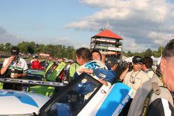 Scott Pruett et Memo Rojas célèbrent la victoire