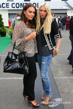 Tamara and Petra Ecclestone, dochters van Bernie Eccelestone