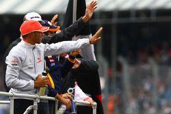 Льюис Хэмилтон, McLaren Mercedes и Дженсон Баттон, Brawn GP