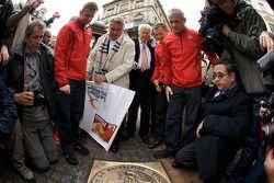 Hand imprint ceremony: 2008 winners Allan McNish, Tom Kristensen and Rinaldo Capello unveil the winning plate