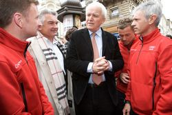 Hand imprint ceremony: 2008 winners Allan McNish, Tom Kristensen and Rinaldo Capello discuss with the mayor of Le Mans