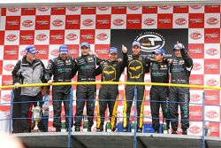 GT1 podium: class and overall winners Mike Hezemans and Anthony Kumpen, second place Michael Bartels