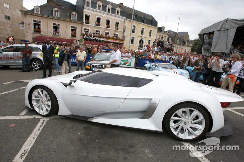 Bell & Ross Supercars: Citroën GT Concept Car at 24 Hours of Le Mans