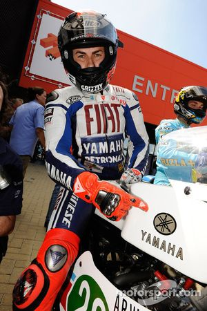 Jorge Lorenzo, Fiat Yamaha Team en moto de MotoGP de 1970 de Jarno Saarinen