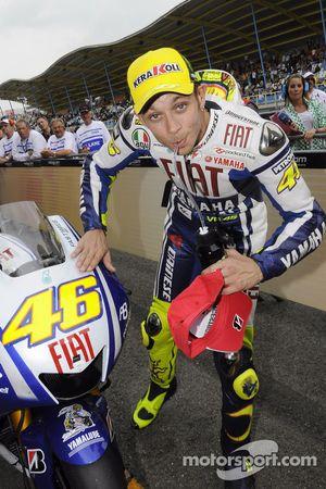 Ganador de la carrera Valentino Rossi, Fiat Yamaha Team