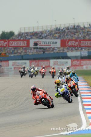 Casey Stoner, Ducati Marlboro Team y Valentino Rossi, Fiat Yamaha Team