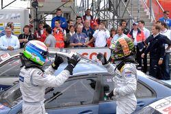 Le vainqueur Jamie Green, Persson Motorsport, AMG Mercedes C-Klasse célèbre avec Bruno Spengler, Tea