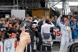 Le vainqueur Jamie Green, Persson Motorsport, AMG Mercedes C-Klasse