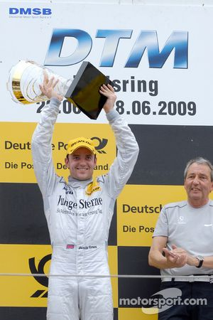 Podium: le vainqueur Jamie Green, Persson Motorsport, AMG Mercedes C-Klasse