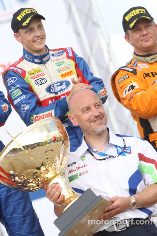 Podium: Gerard Quinn receives the Manufacturer's trophy on behalf of the BP Ford Abu Dhabi World Ral