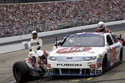 Pit stop for Bobby Labonte, Hall of Fame Racing Ford