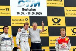 Podium: race winner Jamie Green, Persson Motorsport, AMG Mercedes C-Klasse, second place Bruno Speng