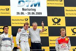 Podium: race winner Jamie Green, Persson Motorsport, AMG Mercedes C-Klasse, second place Bruno Speng
