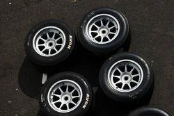 Les pneus et roues Avon