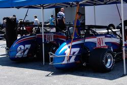 La paire RW Motorsports, #17 et #27, pilotées par Shane Hmiel et Jerry Coons Jr.