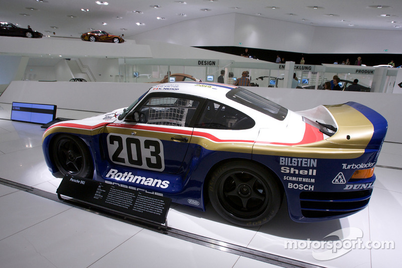 Cutaway Classic Explore The Amazing Porsche 959