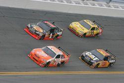 Joey Logano, Joe Gibbs Racing Toyota, Martin Truex Jr., Earnhardt Ganassi Racing Chevrolet, Jeff Bur