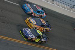 Jimmie Johnson, Hendrick Motorsports Chevrolet, Michael Waltrip, Michael Waltrip Racing Toyota et A.
