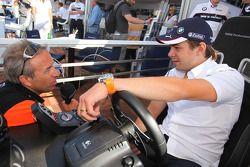 Augusto Farfus, BMW Team Germany est interviewé par Tom Coronel, Sunred Engineering de la télévision