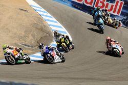 Toni Elias, San Carlo Honda Gresini leads Jorge Lorenzo, Fiat Yamaha Team