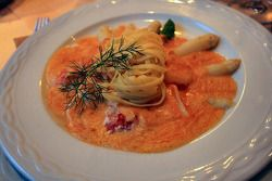 Local specialities (asparagus with lobster sauce and pasta)