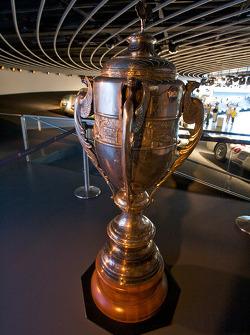 Flechas de Plata: Gran Premio de Argentina Trofeos ganados por Juan Manuel Fangio con Mercedes-Benz