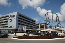 Lindner hotel and the Rollercoaster, New development and facilities around the Nurburgring