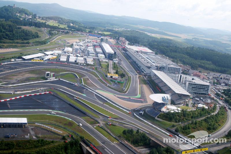 В июле 2007-го Формула 1 приехала на трассу «Нюрбургринг», где должен был пройти десятый этап того чемпионата – Гран При Европы