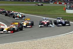 Ярно Трулли, Toyota F1 Team, и Казуки Накаджима, Williams F1 Team, столкновение