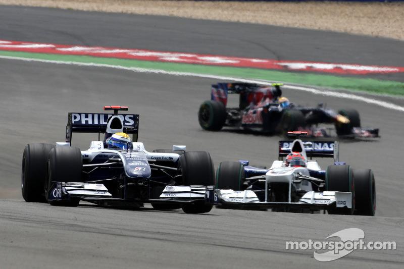 Nico Rosberg, Williams F1 Team, vor Robert Kubica, BMW Sauber F1 Team