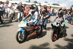 Scott Redding, Danny Webb, Metrakit 125 2009, Yamaha TZ125 1994