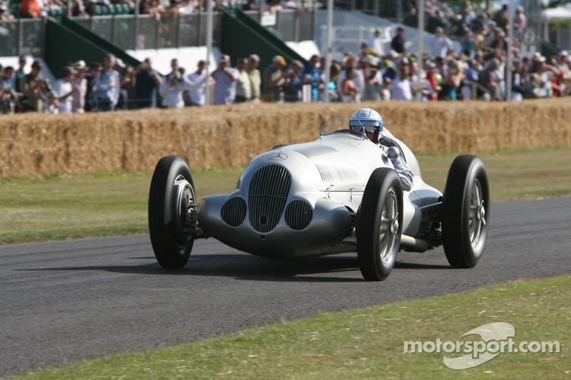 Jochen Mass, Mercedes-Benz W125 1937
