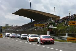 Start: Oliver Jarvis, Audi Sport Team Phoenix Audi A4 DTM, Gary Paffett, Team HWA AMG Mercedes C-Kla