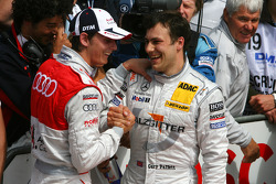 Oliver Jarvis, Audi Sport Team Phoenix and Gary Paffett, Team HWA AMG Mercedes, sharing a laugh