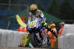 Valentino Rossi, Fiat Yamaha Team, dans le gravier