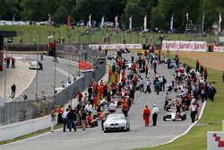 The race 1 grid forms