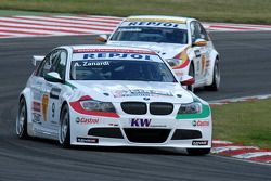 Alessandro Zanardi leads Sergio Hernandez