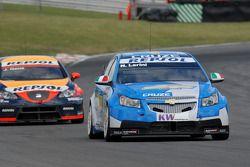 Nicola Larini leads Jordi Gene