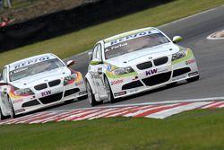 Augusto Farfus leads Jorg Muller