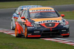 Jordi Gene leads Nicola Larini